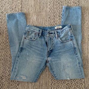 Levi's Jeans - Light Wash, Slightly Destructed